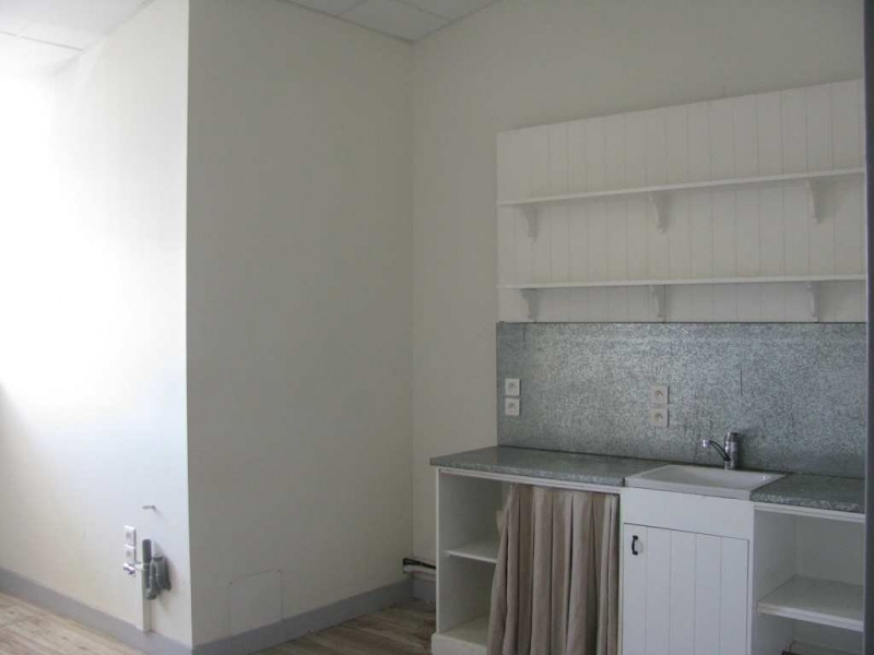 location bureau bayonne 64100 bureau bayonne de 640 m ref 310122428. Black Bedroom Furniture Sets. Home Design Ideas