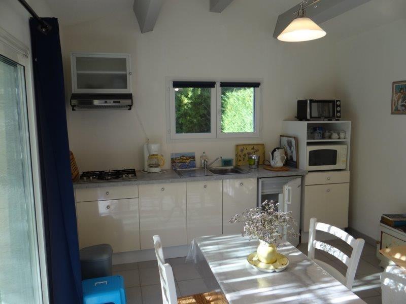 Location vacances Collorgues -  Maison - 2 personnes - Barbecue - Photo N° 1