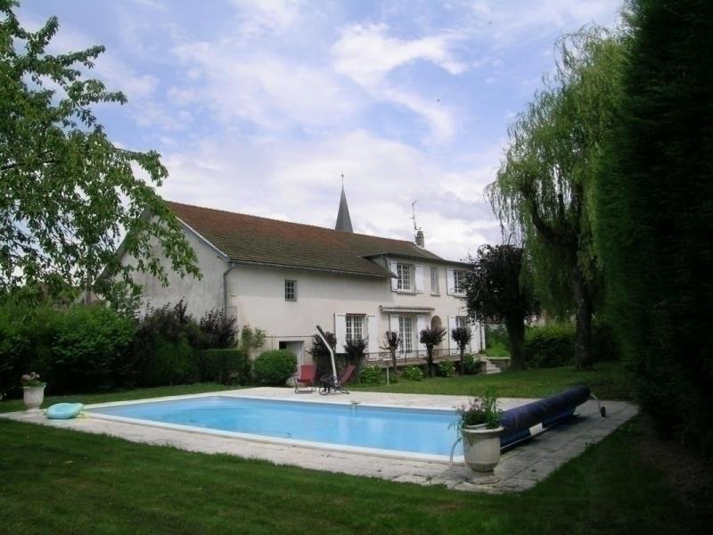Location vacances Le Mayet-de-Montagne -  Maison - 10 personnes - Barbecue - Photo N° 1