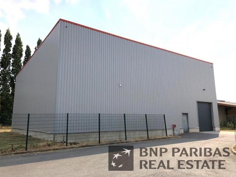 Location Local d'activités / Entrepôt Gondecourt