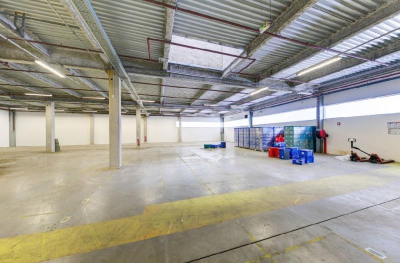 Location Local d'activités / Entrepôt Poincy