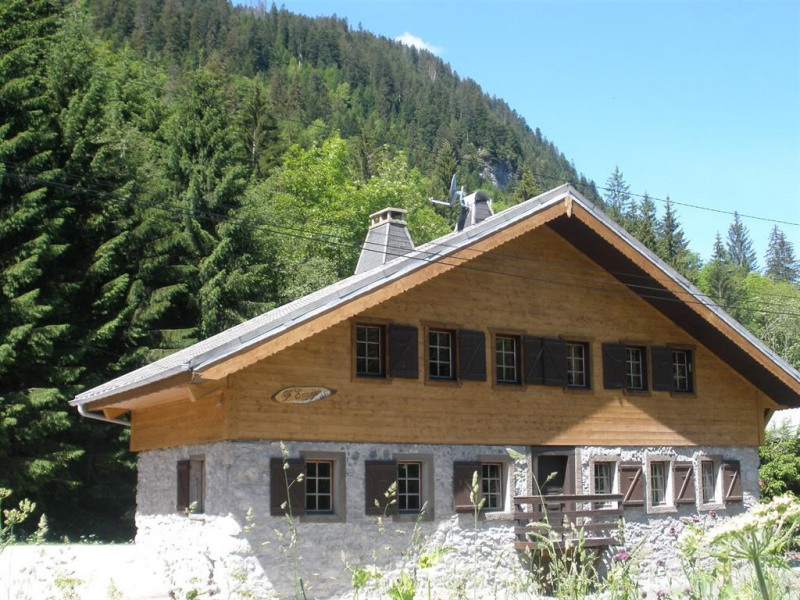 Cabin for 16 ppl. with internet, Châtel