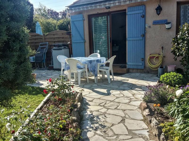 Holiday rentals Bagnols-en-Forêt - House - 6 persons - BBQ - Photo N° 1