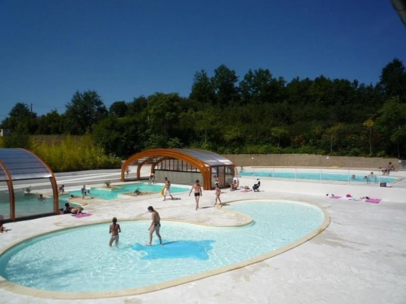 Vos vacances en Quercy dans un ensemble de 107 chalets, situé sur les « Hameaux des Lacs ».