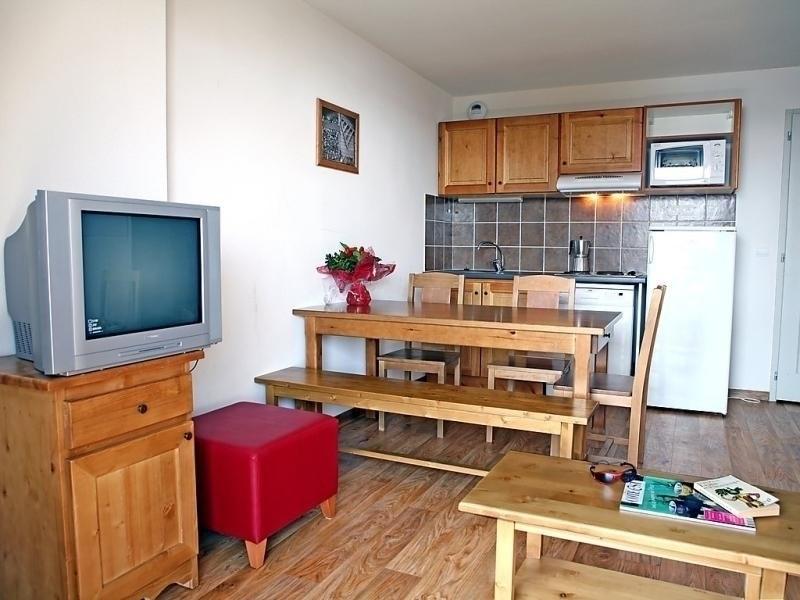 Location vacances Albiez-Montrond -  Appartement - 6 personnes - Télévision - Photo N° 1