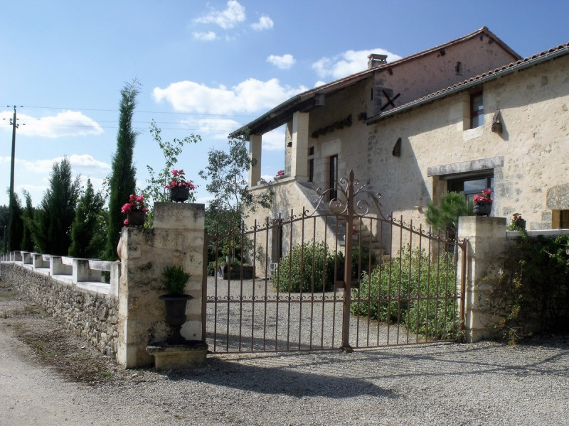 Holiday rentals Brantôme - House - 8 persons - BBQ - Photo N° 1