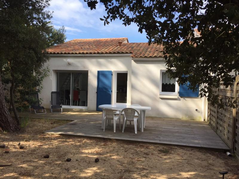 Maison individuelle confortable, quartier calme, proche plage et forêt, Plage à 600m, pain l'été ...