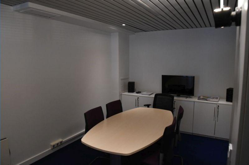 location bureau boulogne billancourt 92100 bureau. Black Bedroom Furniture Sets. Home Design Ideas