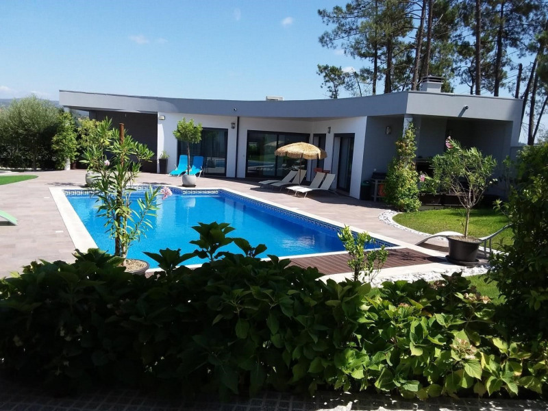 Location vacances Pombal -  Maison - 5 personnes - Barbecue - Photo N° 1