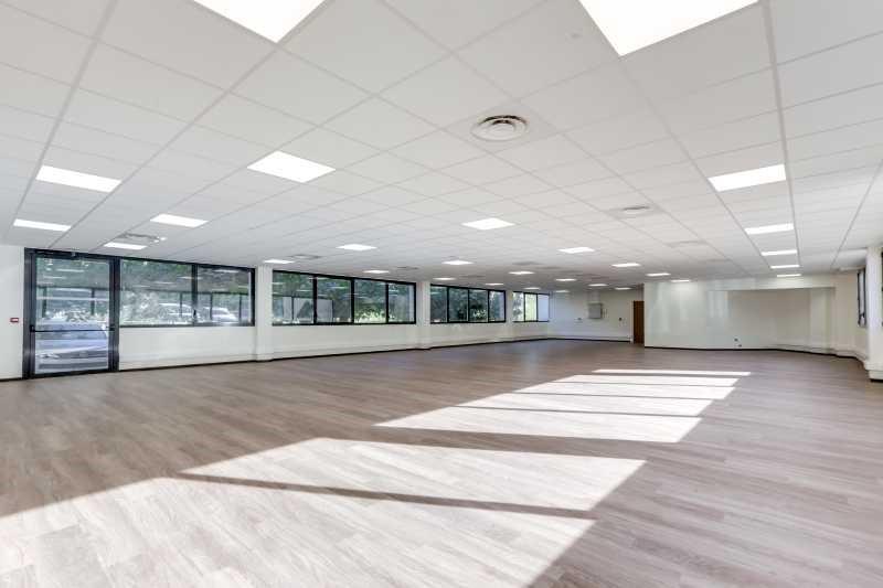 location bureau aix en provence bouches du rh ne 13 5311 m r f rence n 56426. Black Bedroom Furniture Sets. Home Design Ideas