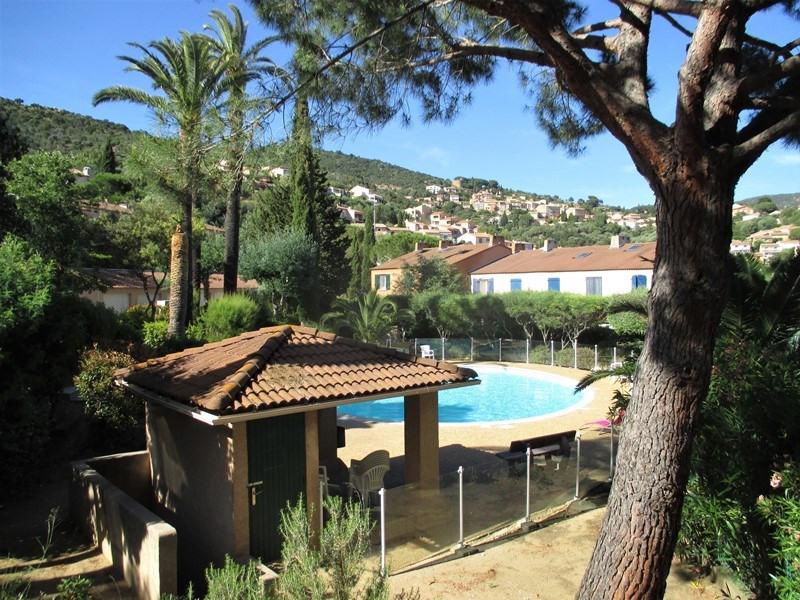 Résidence  sécurisée piscine jardins