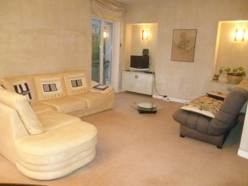 Appartement 62 m² confortable dans un quartier parisien authentique