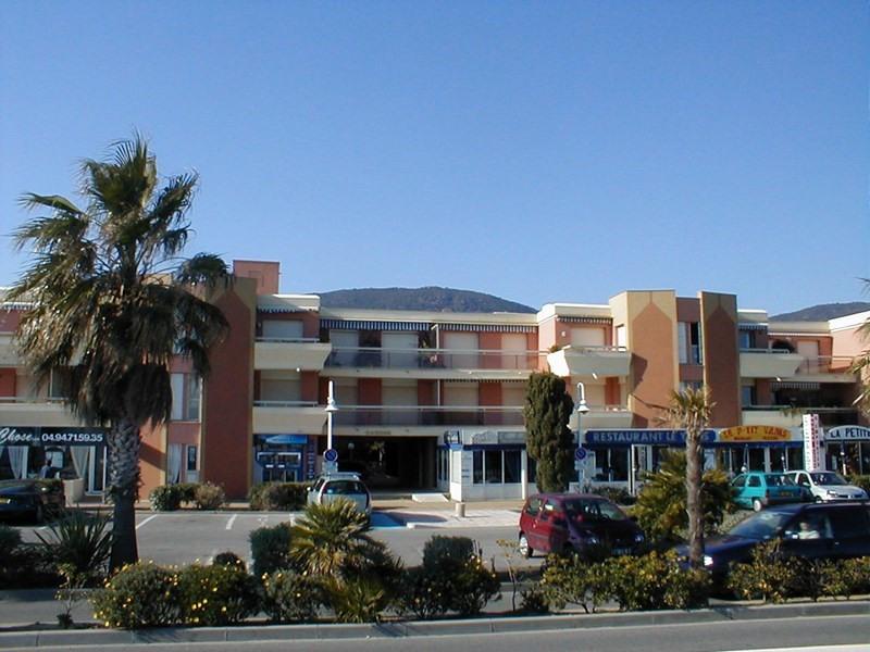 Location vacances Cavalaire-sur-Mer -  Appartement - 4 personnes - Ascenseur - Photo N° 1