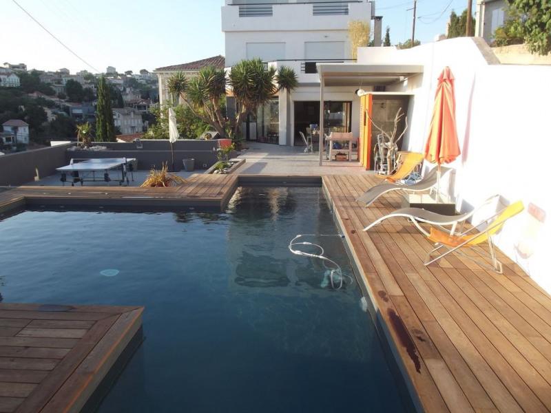 Villa Contemporaine +Piscine+Terrasse+2 Parkings bord de mer Corniche-Marseille