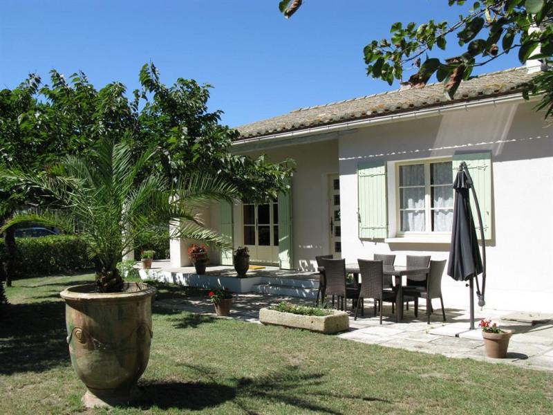 Location vacances Saintes-Maries-de-la-Mer -  Maison - 4 personnes - Barbecue - Photo N° 1