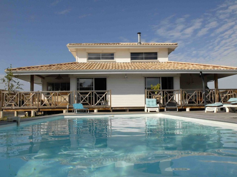 Maison De Vacances A Arcachon En Aquitaine Pour 9 Pers 173m