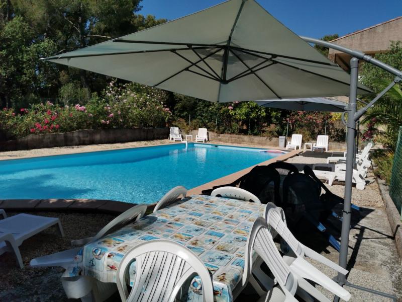 Location vacances Six-Fours-les-Plages -  Maison - 12 personnes - Barbecue - Photo N° 1