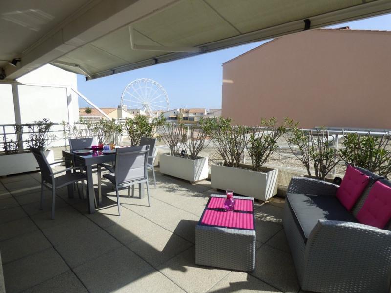 Appartement avec garage, 4 couchages, centre port, 70 m² et terrasse 82m².