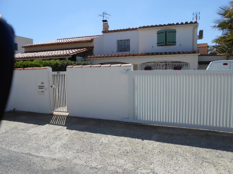 Holiday rentals Sainte-Marie-la-Mer - House - 9 persons -  - Photo N° 1