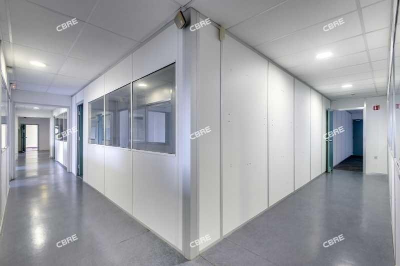 vente bureau m rignac beaud sert 33700 bureau m rignac beaud sert de 1294 m ref 83017v. Black Bedroom Furniture Sets. Home Design Ideas