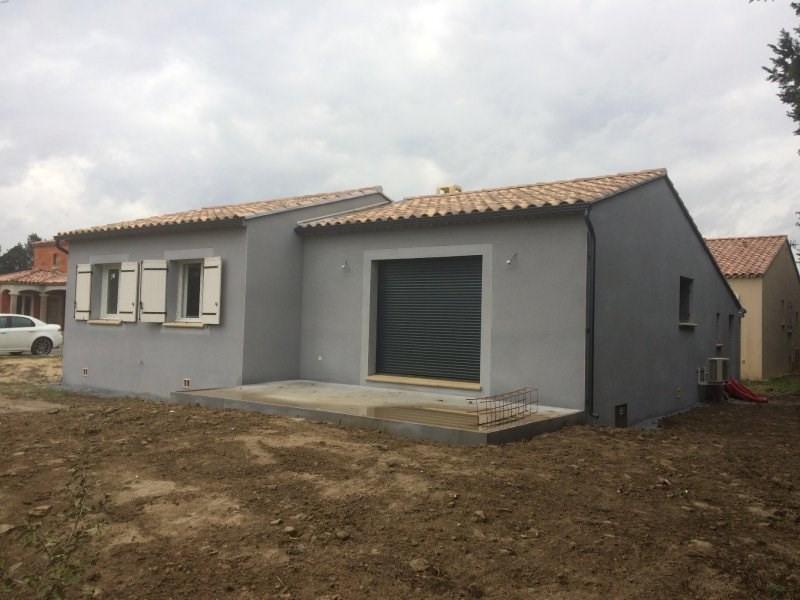 Maison  4 pièces + Terrain 658 m² Robion par SARL DEMEURES DE PROVENCE SUD ORANGE