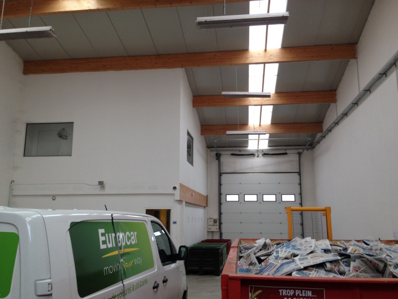 Location Local d'activités / Entrepôt Noyarey