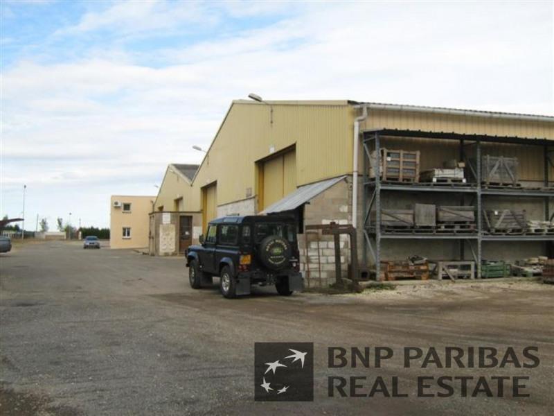 location entrep t houdan yvelines 78 13300 m r f rence n 7020205l. Black Bedroom Furniture Sets. Home Design Ideas