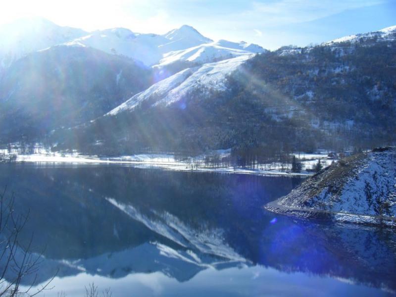Magnifique vue sur le lac de Loudenvielle depuis l