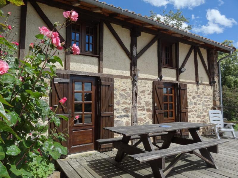 Location vacances Saint-Hilaire-Bonneval -  Gite - 6 personnes - Barbecue - Photo N° 1