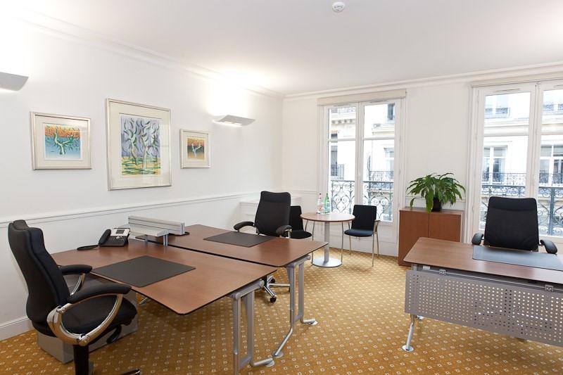 location coworking paris 8 me triangle d 39 or 75008 espace de coworking louer paris 8 me. Black Bedroom Furniture Sets. Home Design Ideas