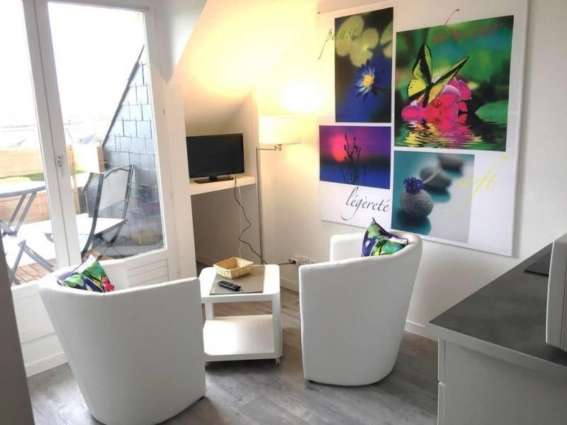 Location vacances Arzon -  Appartement - 2 personnes - Salon de jardin - Photo N° 1