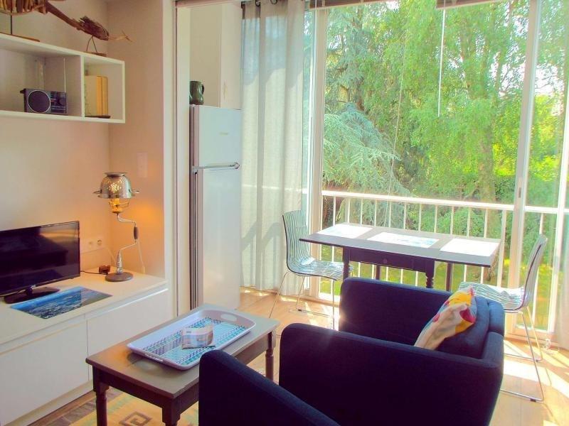 La Trinité/Mer, accès direct au port et commerces à proximité immédiate, appartement 2 pièces