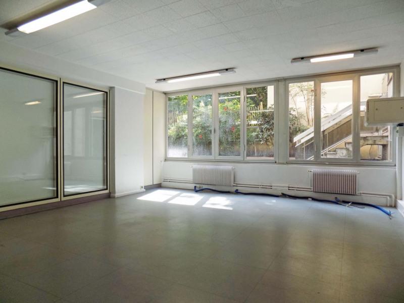 vente bureau paris 8 me paris 75 662 35 m r f rence n 403070. Black Bedroom Furniture Sets. Home Design Ideas