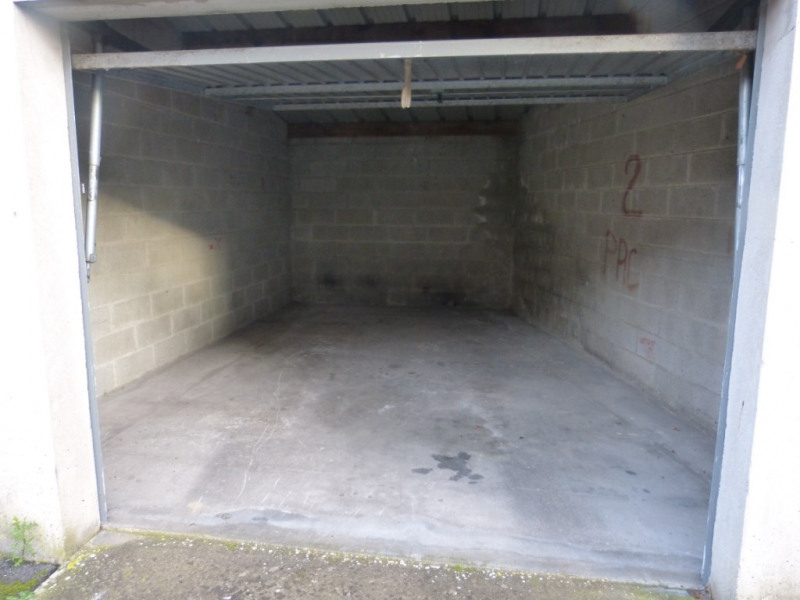 Location Parking / Box 20m² Montdidier