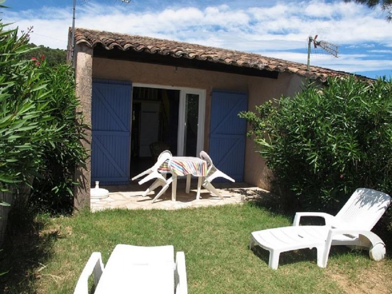 Location vacances Lorgues -  Maison - 3 personnes - Barbecue - Photo N° 1