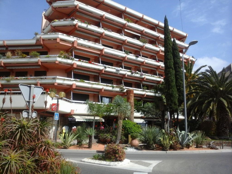 Location vacances Le Lavandou -  Appartement - 4 personnes - Jeux d'extérieurs - Photo N° 1