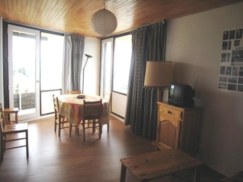 Appartement 3 pièces 6 personnes au pied des piste situé au 6ème étage exposé plein SUD avec vue panoramique sur pist...