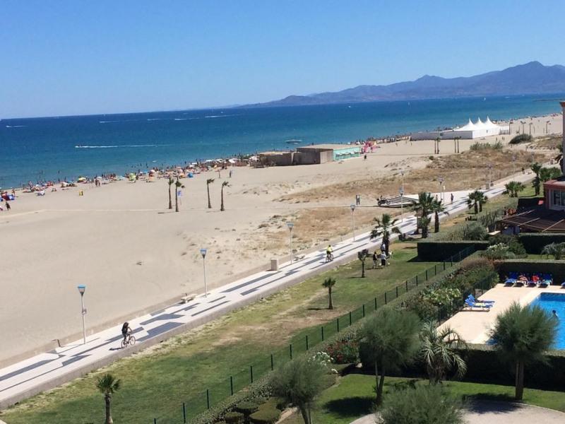Location vacances Canet-en-Roussillon -  Appartement - 4 personnes - Barbecue - Photo N° 1