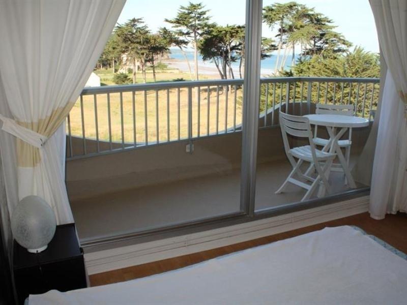 A ERQUY, accès direct à la très belle plage de CAROUAL 2km de sables fin dans une résidence