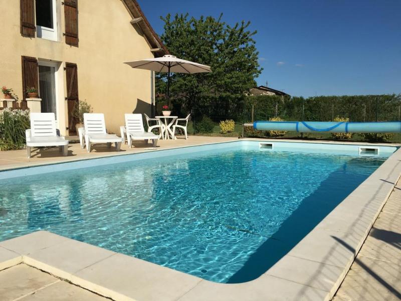 Maison pour 8 pers. avec piscine privée, Saint-Cyr-les-Champagnes