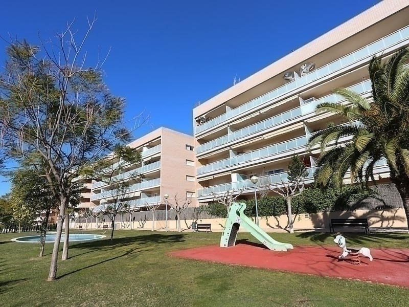API-1-20-7050 - Residencia Nou Salou 02