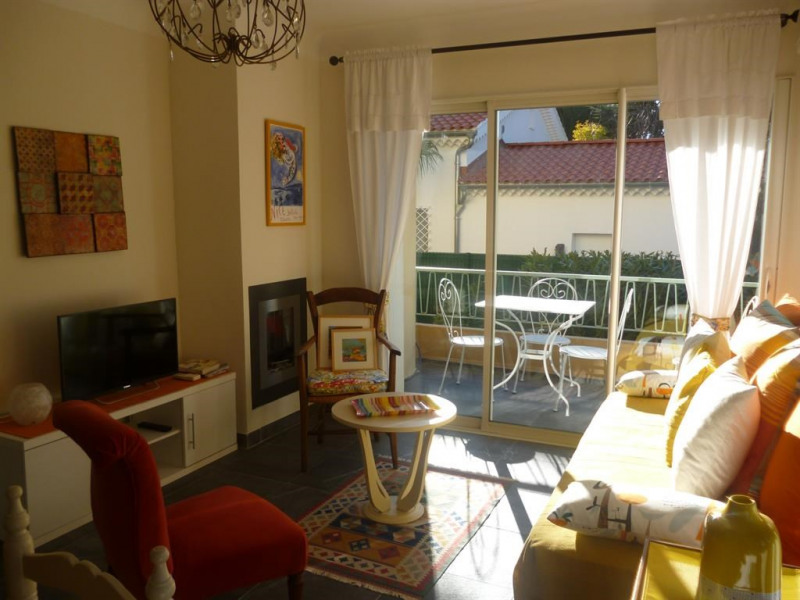 Holiday rentals Sanary-sur-Mer - Apartment - 3 persons - Television - Photo N° 1