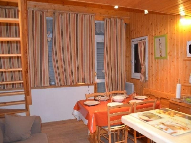 Appartement chaleureux avec mezzanine et cuisine équipée