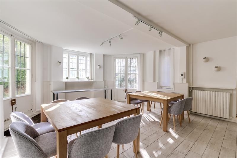 location bureau versailles notre dame 78000 bureau versailles notre dame de 435 m ref. Black Bedroom Furniture Sets. Home Design Ideas