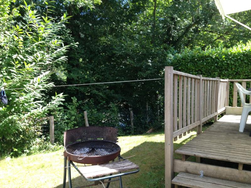 Barbecue et fil à linge