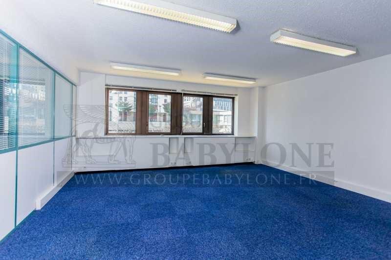 location bureau suresnes centre ville 92150 bureau suresnes centre ville de 145 08 m ref. Black Bedroom Furniture Sets. Home Design Ideas