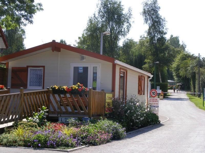 Camping Des Trois Tilleuls, 132 emplacements, 12 locatifs