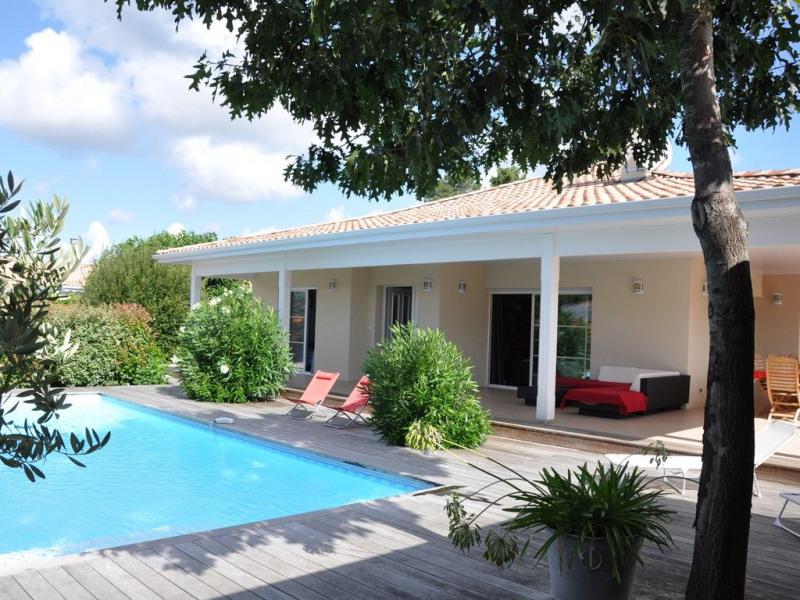 Grande villa très confortable au calme et ensoleillée, proximité plage à pied