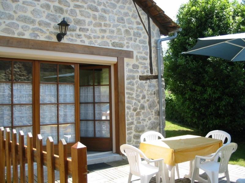 Location vacances Mourjou -  Gite - 6 personnes - Barbecue - Photo N° 1