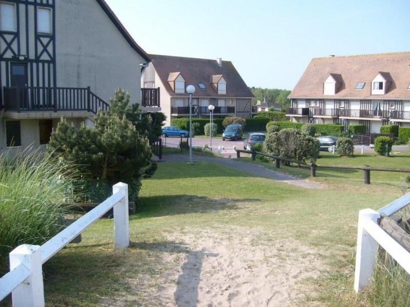 Location vacances Merville-Franceville-Plage -  Appartement - 5 personnes - Barbecue - Photo N° 1